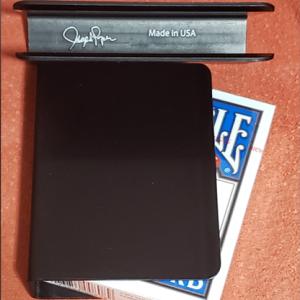 The Porper Card Clip (Black) Flat-Spine by Joe Porper – Trick