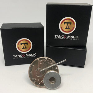 Strong Magnetic Half Dollar (w/DVD)(D0112) by Tango – Trick