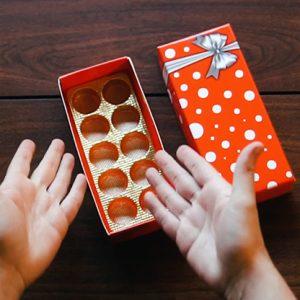 BonBon Box by George Iglesias and Twister Magic (Red Box) – Trick